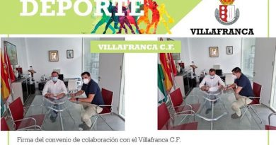 Firma del convenio con el Villafranca CF.